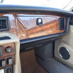 Jaguar XJ12 saloon 17